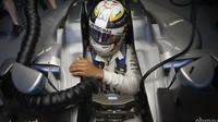Lewis Hamilton při tréninku v Baku