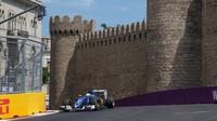 Marcus Ericsson při tréninku v Baku