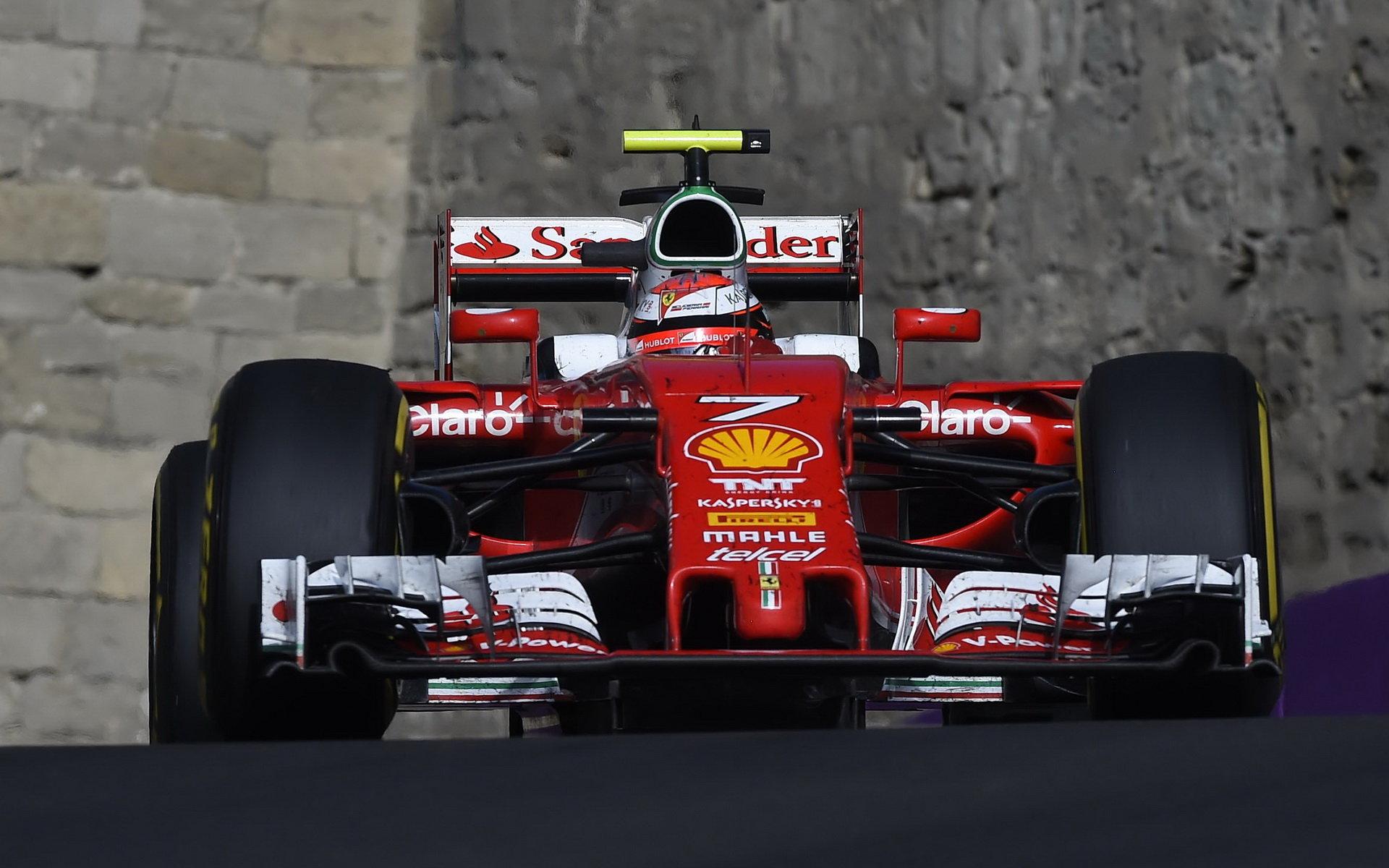 Ferrari podle Briatoreho potřebuje otevřít technologické centrum v Anglii