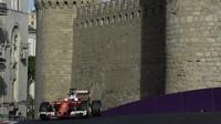 Sebastian Vettel v závodě v Baku