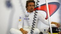 Fernando Alonso toho má dost za sebou, aby mohl srovnávat
