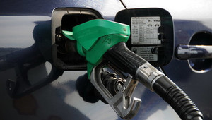 Zájem o dieselové a benzínové motory ve skutečnosti? Čísla prodejů bez souvislostí klamou - anotační obrázek