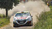 Dunovský s Peugeotem odjel ve vinicích parádní soutěž - anotační foto