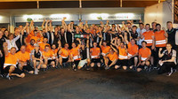 Radost týmu Force Indie z třetího místa v Baku