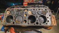 Motor V8 Flathead od Fordu z roku 1946