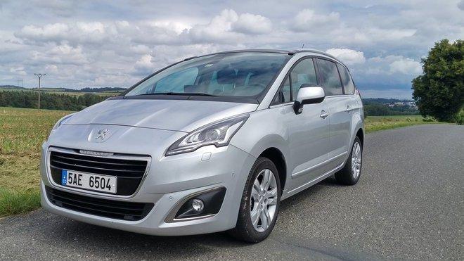 TEST: Peugeot 5008 2.0 BlueHDi (150 k): Ideální nejen pro rodinu - anotační foto