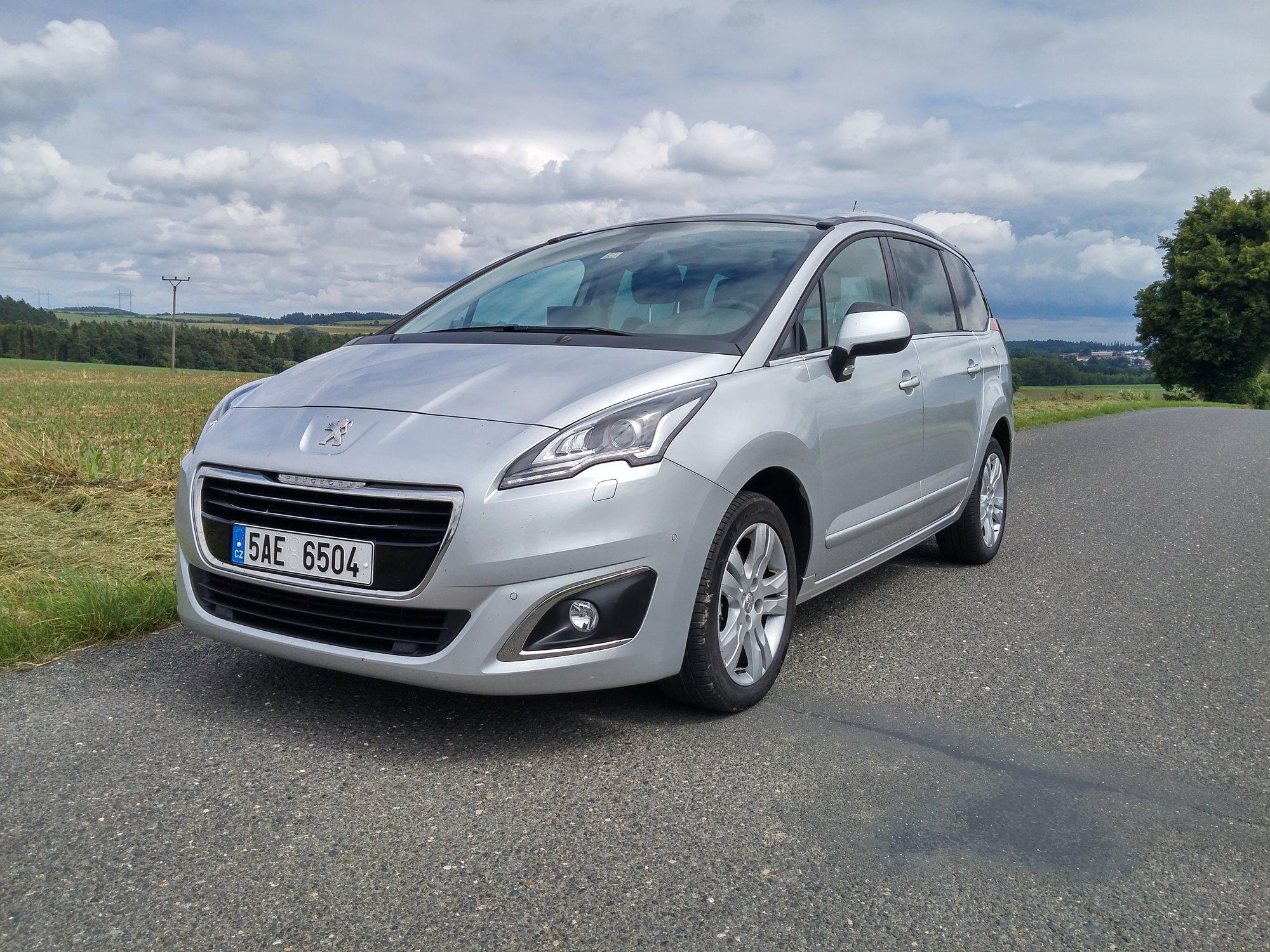 TEST: Peugeot 5008 2.0 BlueHDI 150k: Ideální nejen pro rodinu - anotační foto