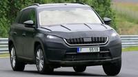 VIDEO: Škoda Kodiaq se proháněla po Nordschleife. Byla v patách Golfu GTI - anotační foto
