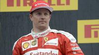 Kimi Räikkönen na pódiu po závodě na Red Bull Ringu