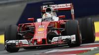 Sebastian Vettel v závodě na Red Bull Ringu