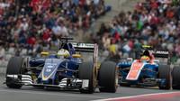 Marcus Ericsson a Rio Harjanto v závodě na Red Bull Ringu
