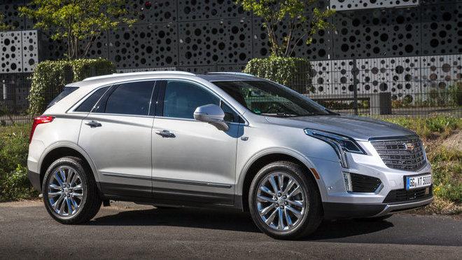 Cadillac XT5 přichází do Evropy ztížit pozici BMW X5 nebo Mercedesu GLE.