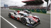 Nürburgring: Toyota vystrkuje růžky - anotační foto