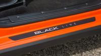 Kalina Black Line je již čtvrtým modelem Lady za poslední týdny s vlastní barevnou edicí.