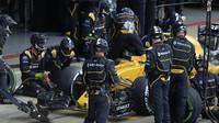 Tým Renault v závodě v Silverstone