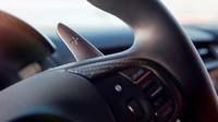 Nová Honda NSX s hybridním pohonným ústrojím přichází do celkem osmi evropských showroomů.