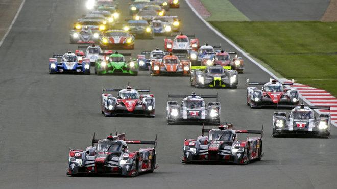 V Silverstone 2016 odstartovaly do závodu nejlépe tovární speciály Audi R18 e-tron quattro