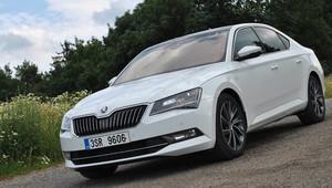 TEST: Škoda Superb 2.0 TSI (162kW) Laurin & Klement: Hra na honěnou - anotační obrázek