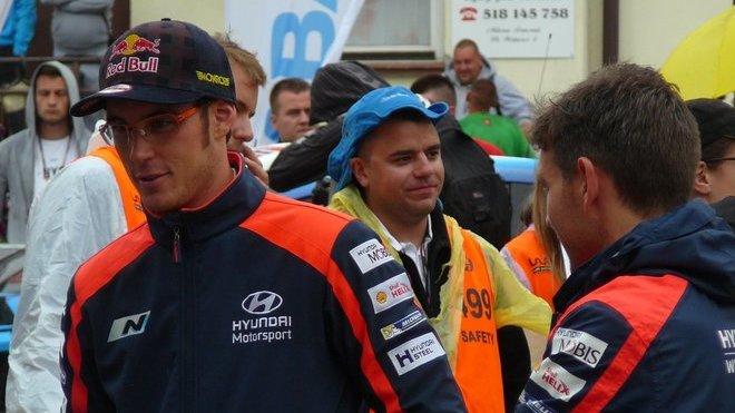 Thierry Neuville se rozhodl zůstat u Hyundai a týmu věří