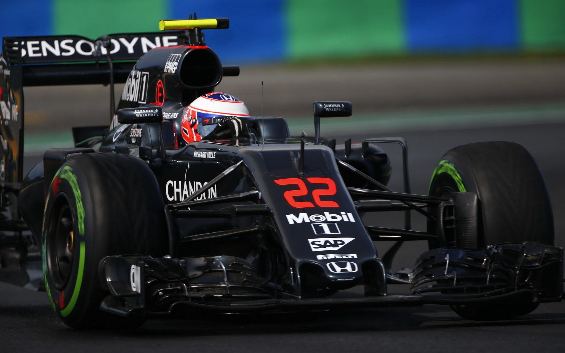 """Další námluvy mezi Williamsem a Buttonem: """"Doufáme, že bude v F1 i příští rok"""" - anotační obrázek"""