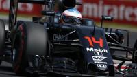 Fernando Alonso při sobotním tréninku v Maďarsku