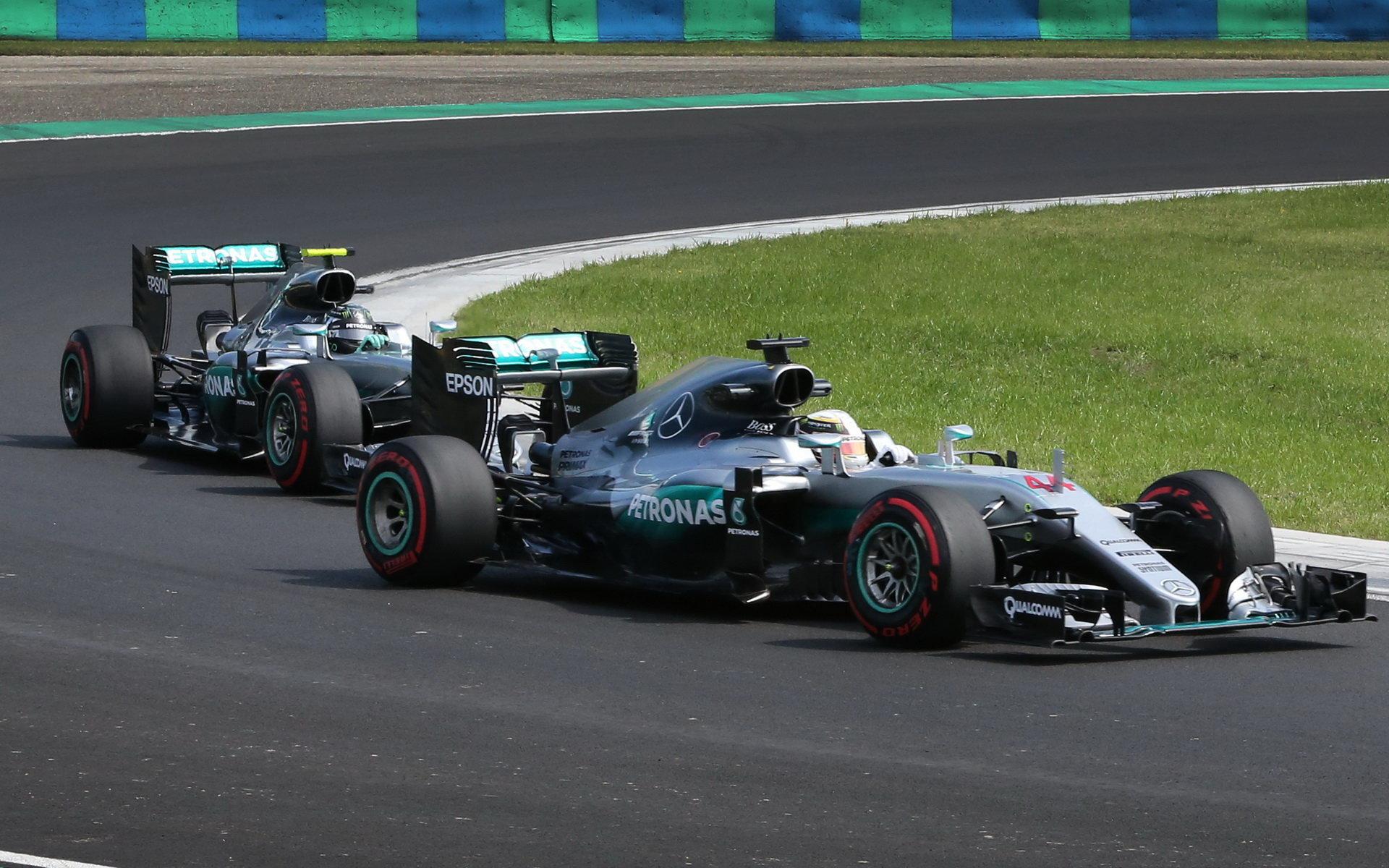 ANALÝZA SEKTORŮ: Mohl Hamilton vyhrát? Rosberg dosáhl 321,4 km/h + VIDEO - anotační foto