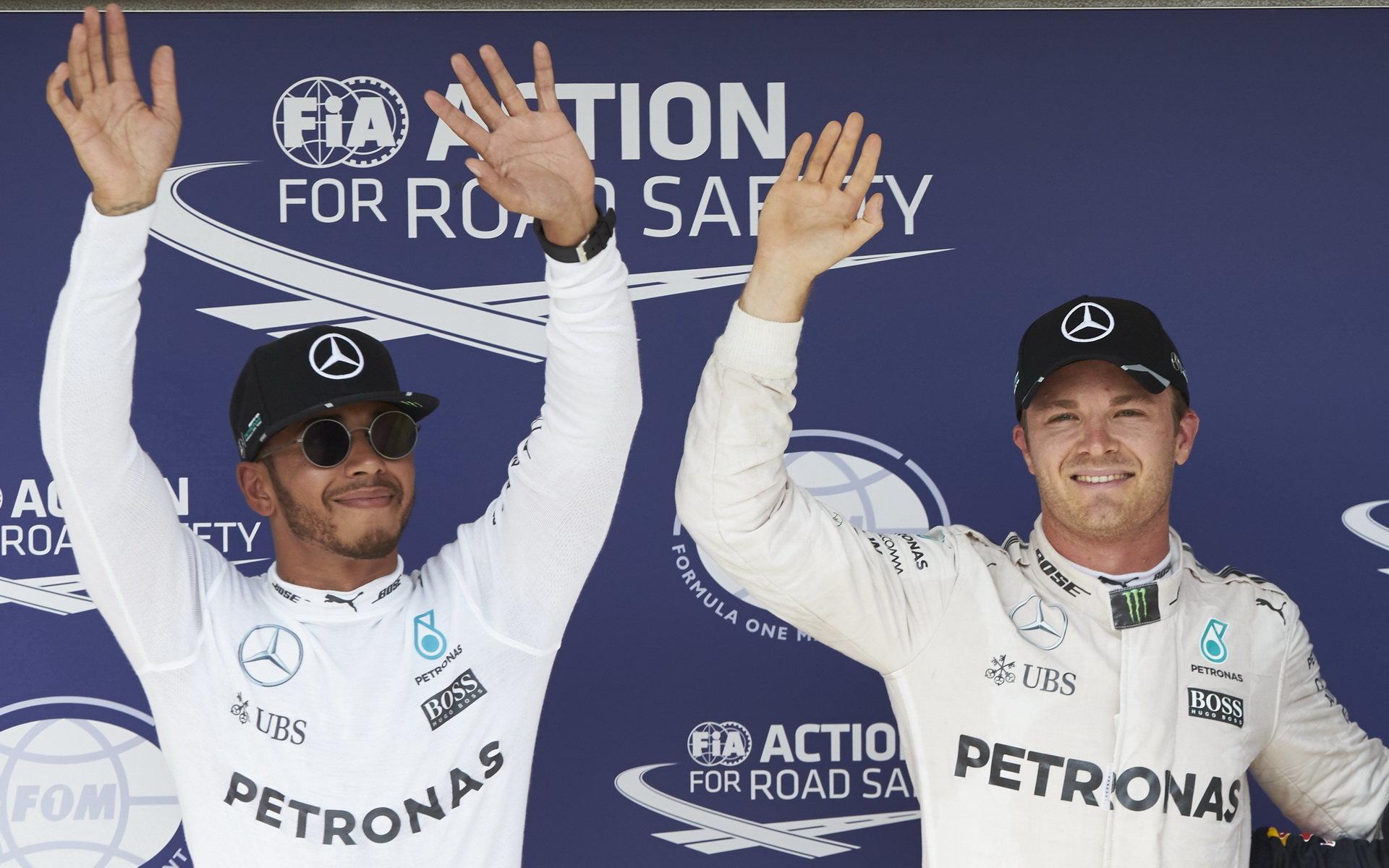 Hamilton popírá, že by dal po kvalifikaci podnět k prošetřování Rosberga - anotační foto