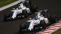 Felipe Massa a Valtteri Bottas při sobotním tréninku v Maďarsku