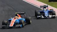 Rio Harjanto a Marcus Ericsson v závodě v Maďarsku