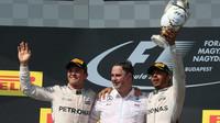 Mercedes má opět double vítězství v závodě v Maďarsku