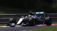 Potvrzeno - Hamilton si vybere penalizaci ve Spa, narostla už na 30 míst - anotační foto