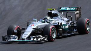 Rosberg v 1. tréninku poráží Hamiltona, Ferrari ztrácí více než sekundu - anotační obrázek