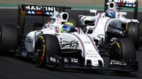 Felipe Massa a Valtteri Bottas v závodě v Maďarsku