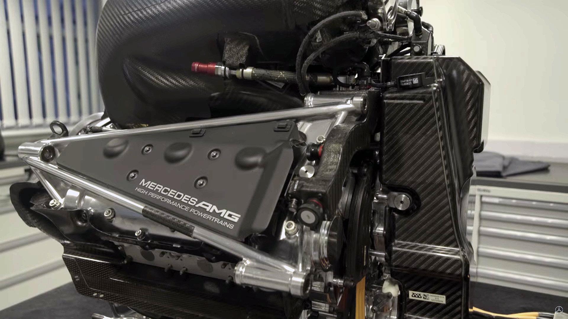 Motor Mercedesu