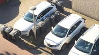 Popeláři vtipně potrestali majitele špatně parkujícího Audi A6 - anotační obrázek