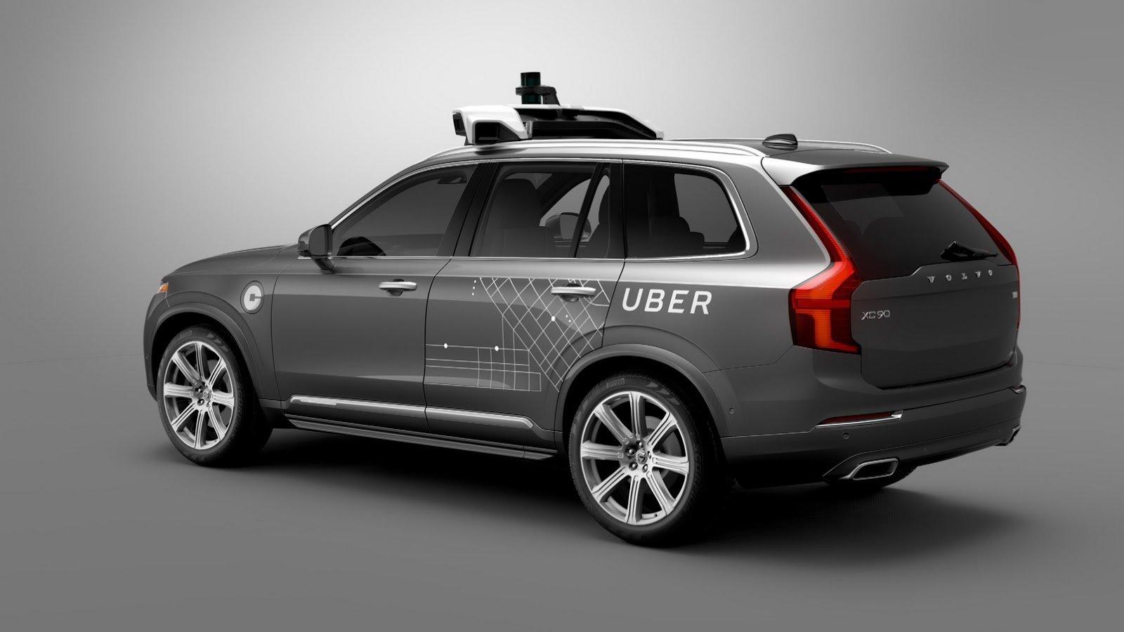 Volvo a Uber vyvíjejí technologii autonomního řízení.