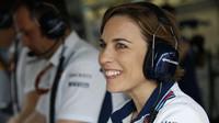 Claire Williamsová statečně čelila dotazům svých  mužský kolegů z padoku F1