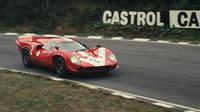 Lola T70 Mk III při závodě 500 Brands Hatch 1967, pilot John Surtees