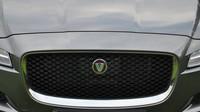 V Německu budou mít brzy problém. Jaguar totiž začal testovat F-Pace SVR - anotační foto