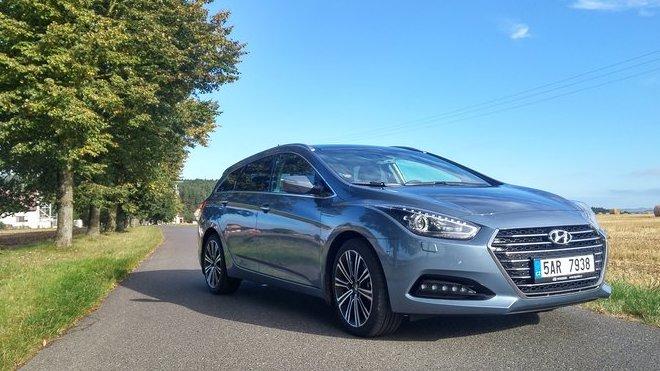 Hyundai i40 vyzývá na souboj tuzemský Superb, není to ale jen zbožný sen?