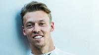 Potvrzeno: Kvjat v roce 2017 zůstane u Toro Rosso - anotační foto