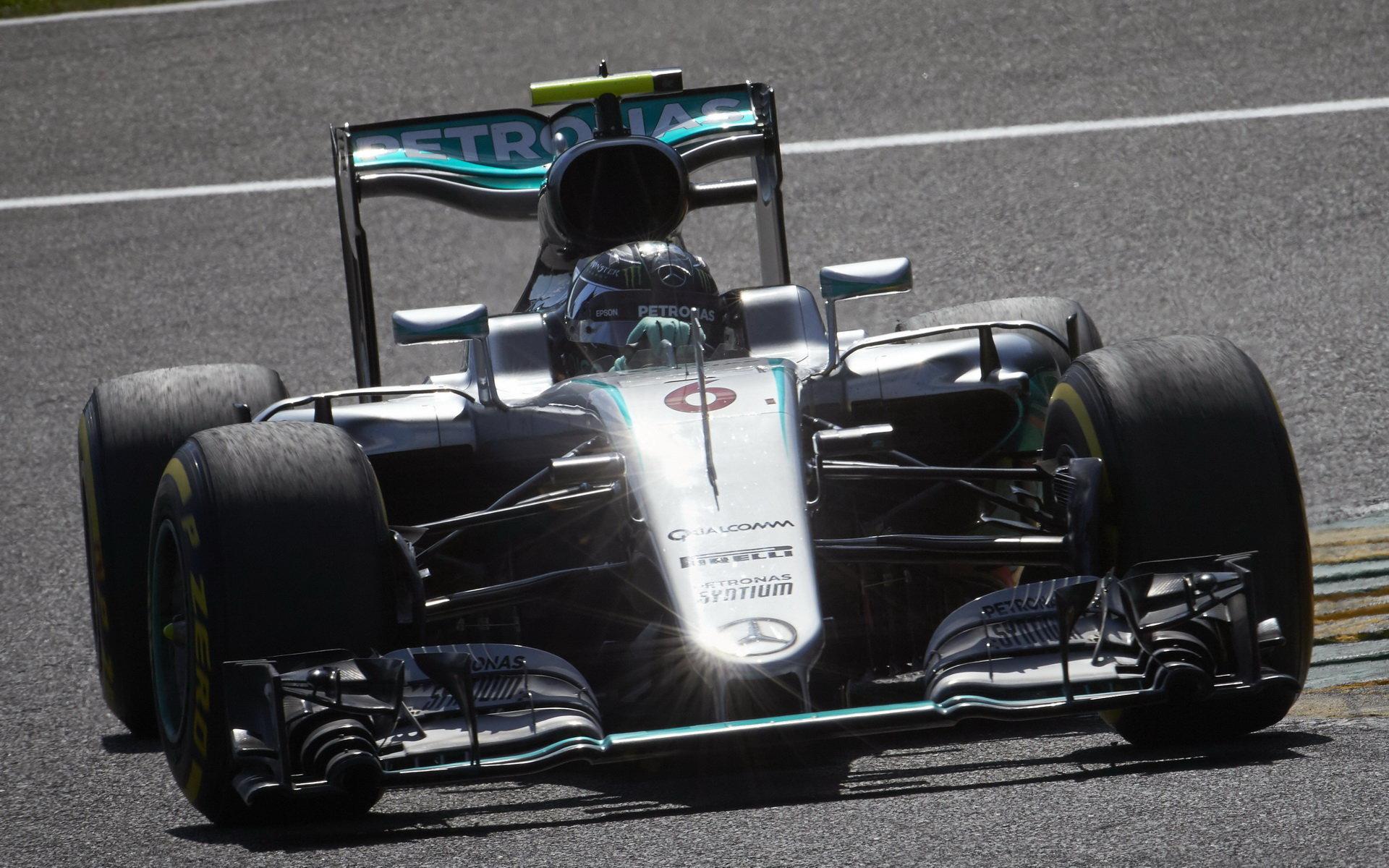 GP Belgie rozbitá kolizemi a přerušením se stala kořistí Rosberga - anotační foto