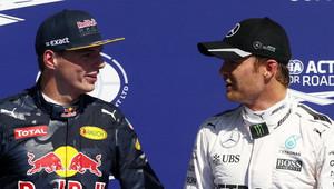 Rosberg vzpomíná:Když byl za mnou Verstappen, tak jsem se modlil! - anotační obrázek