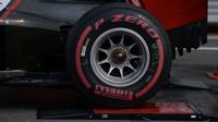 Super-měkké pneumatiky Pirelli