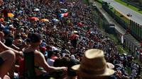 Diváci se musí F1 opět přiblížit, tvrdí Coulthard