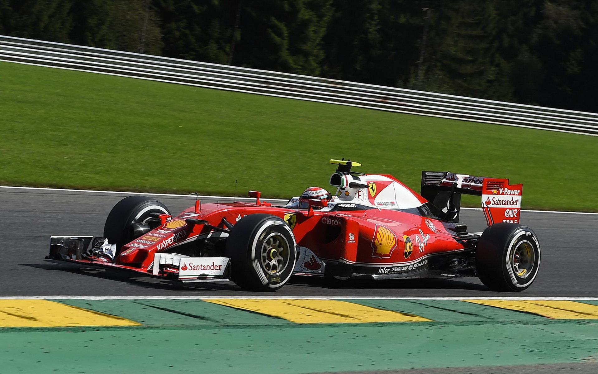 Podle Arrivabeneho Ferrari ještě letos vyhraje: