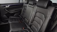 Škoda Kodiaq se představuje oficiálně, má pět motorů i několik unikátních prvků.