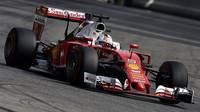 Sebastian Vettel v kvalifikaci na Monze