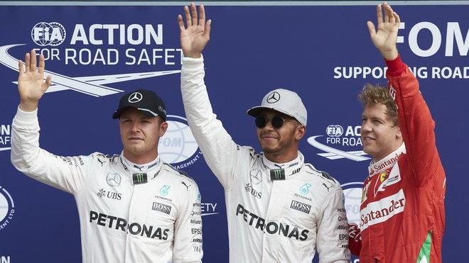 Nico Rosberg, Lewis Hamilton a Sebastian Vettel po kvalifikaci na Monze