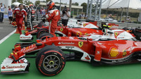 Kimi Räikkönen a Sebastian Vettel po kvalifikaci na Monze